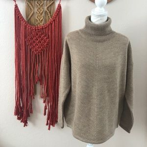 Peruvian Connection Turtleneck Sweater Size M